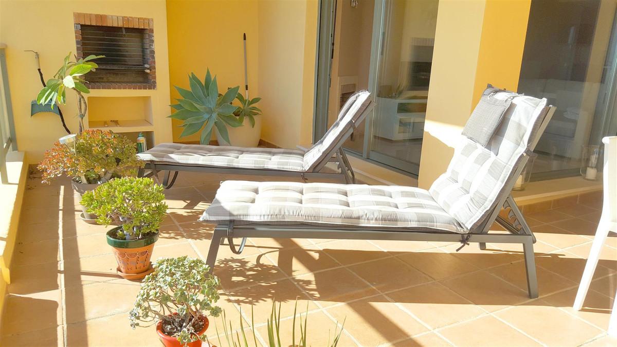 Apartment Middle Floor Calahonda Málaga Costa del Sol R3412918 8