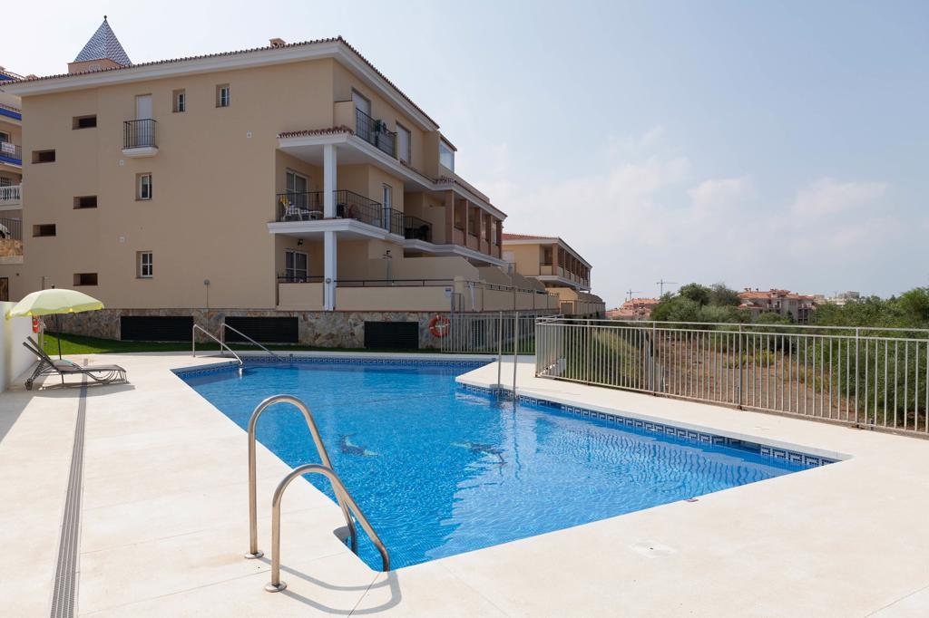 Apartments in El Faro R3293425