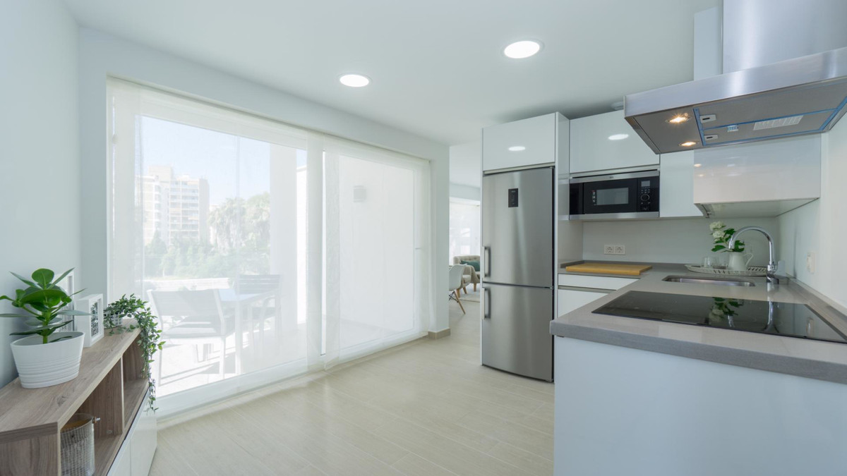 Apartment in Benalmadena Costa R3410365 7
