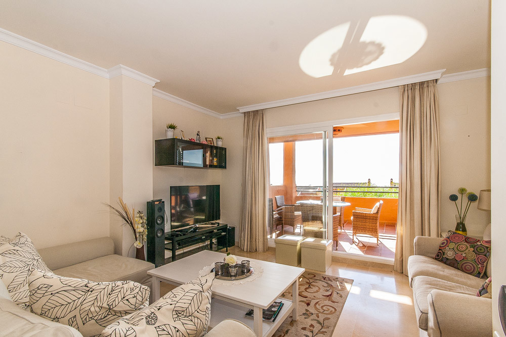 Apartment in Elviria R3307909 2