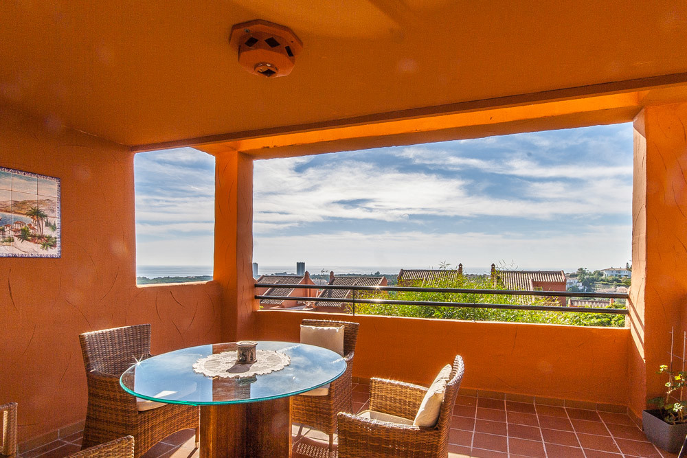 Apartment in Elviria R3307909 4