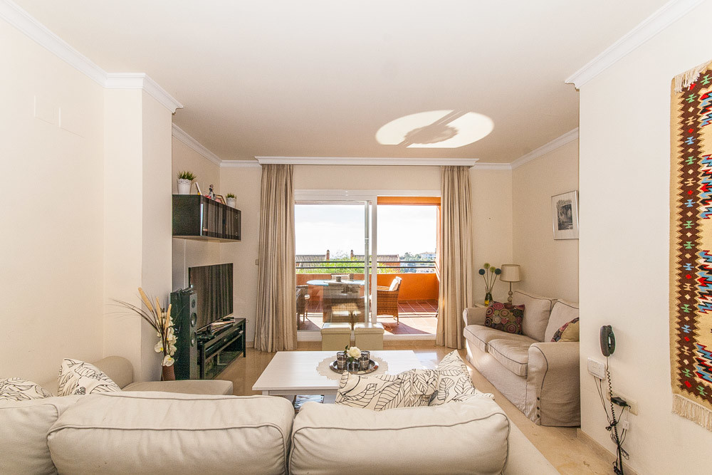 Apartment in Elviria R3307909 6
