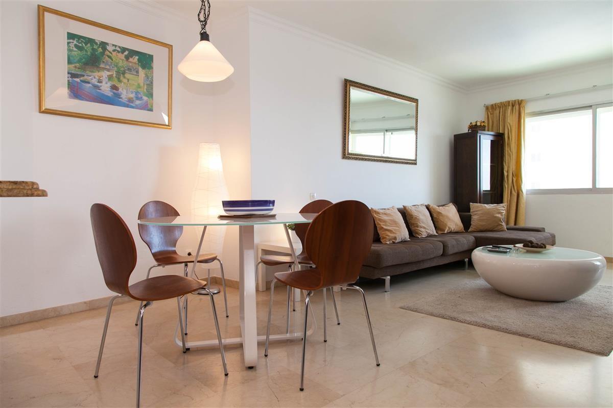 Apartment in Estepona R895239 10