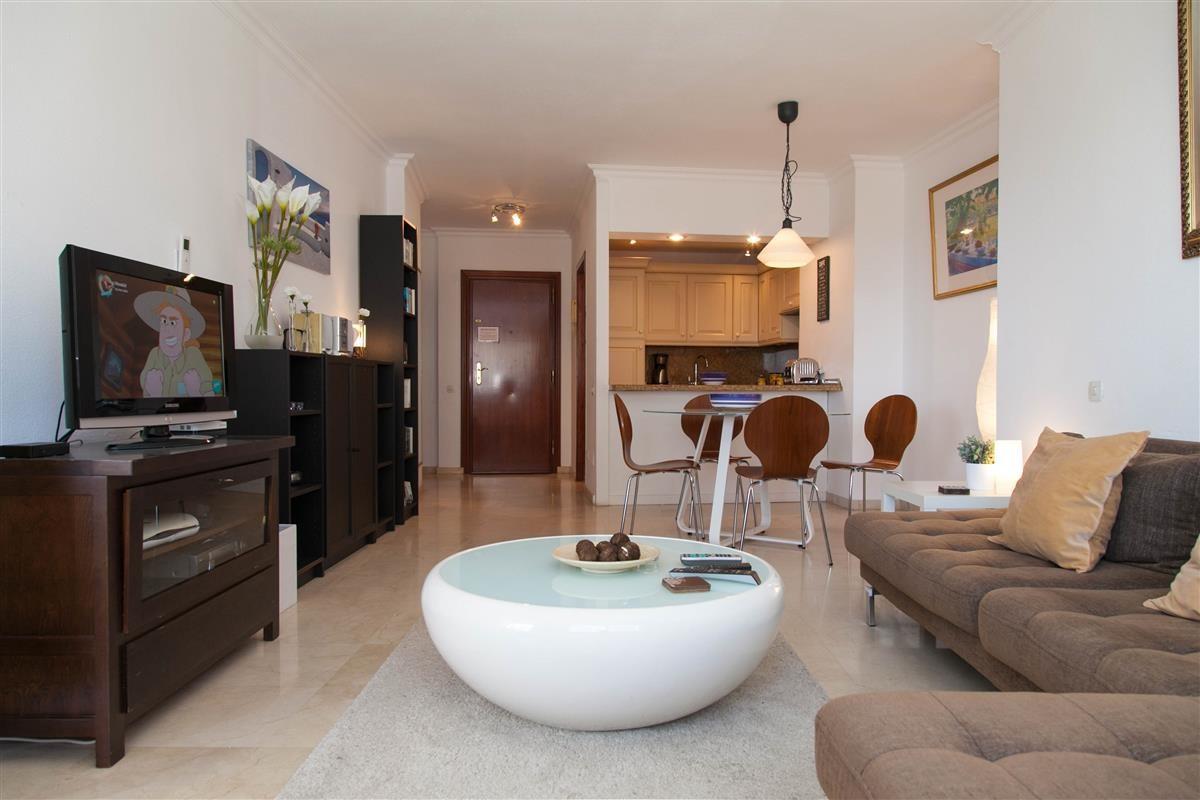 Apartment in Estepona R895239 15
