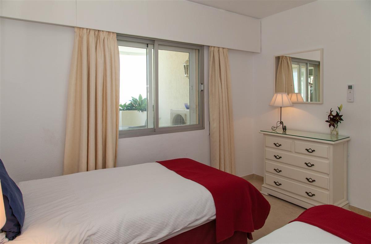 Apartment in Estepona R895239 21