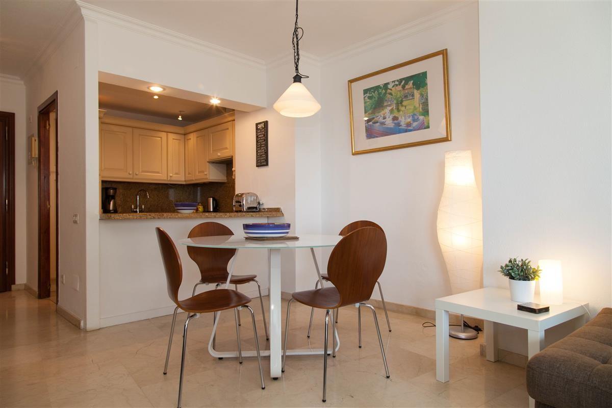 Apartment in Estepona R895239 4