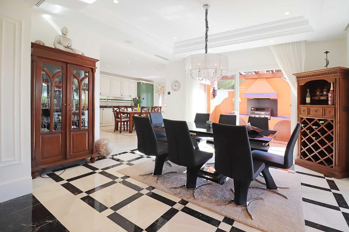 House in Calahonda R3501412 23