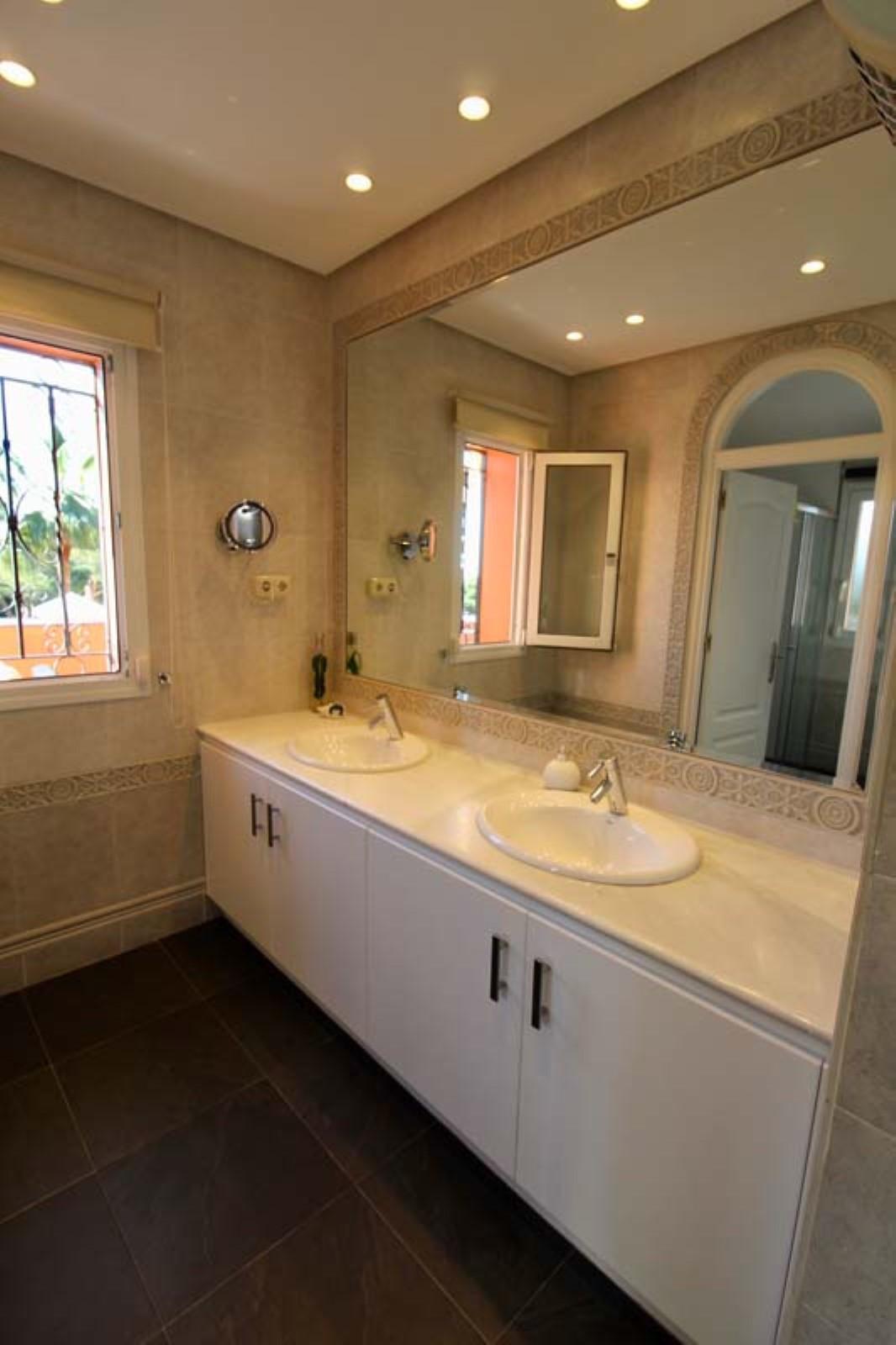 House in Calahonda R3501412 37