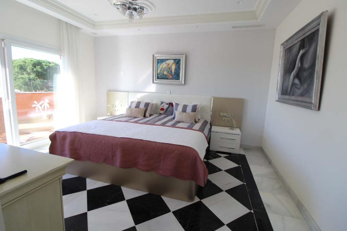 House in Calahonda R3501412 39