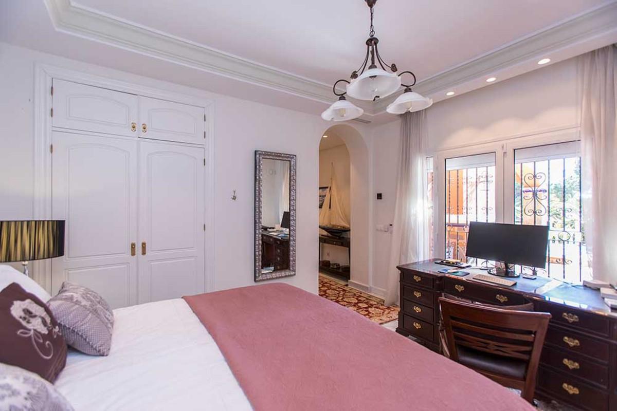 House in Calahonda R3501412 44