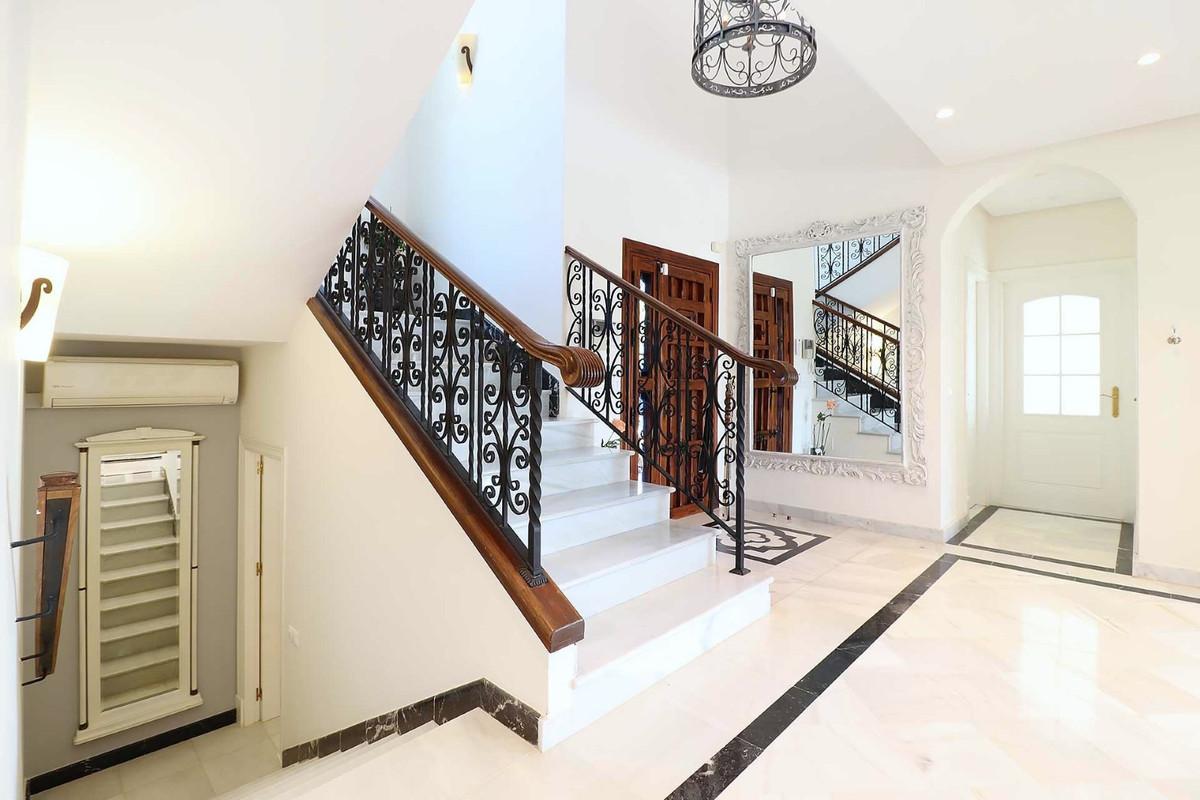 House in Calahonda R3501412 45