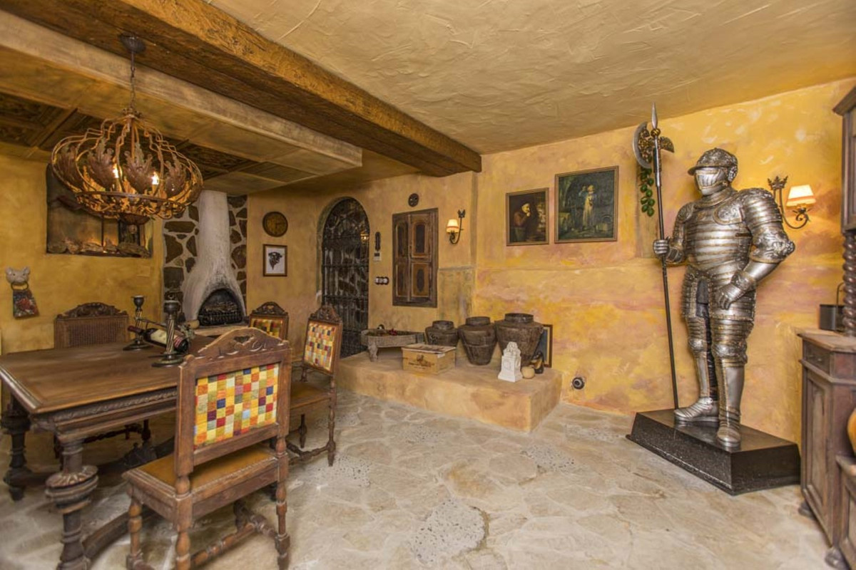 House in Calahonda R3501412 57