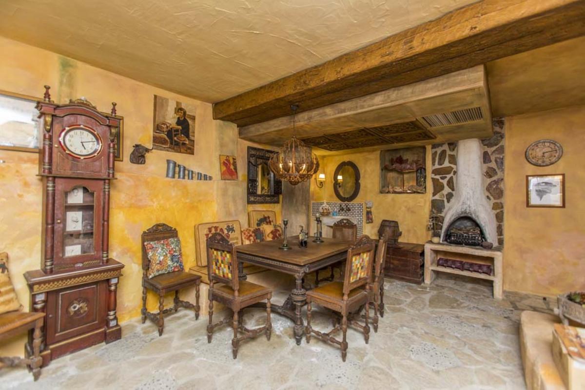 House in Calahonda R3501412 59