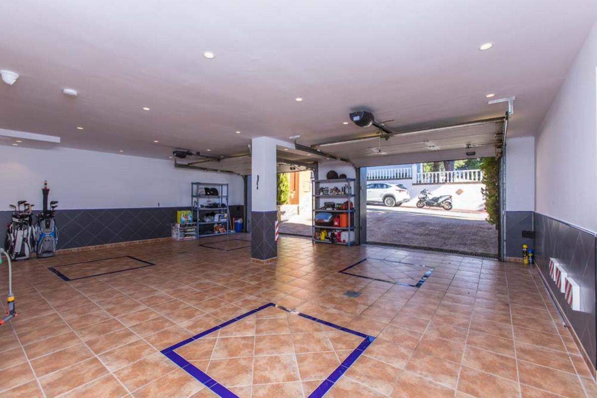 House in Calahonda R3501412 62