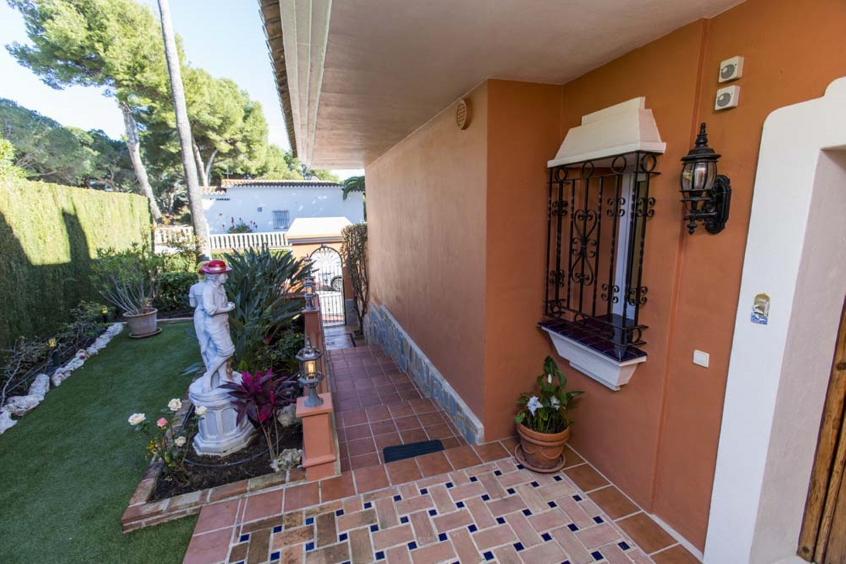 House in Calahonda R3501412 66