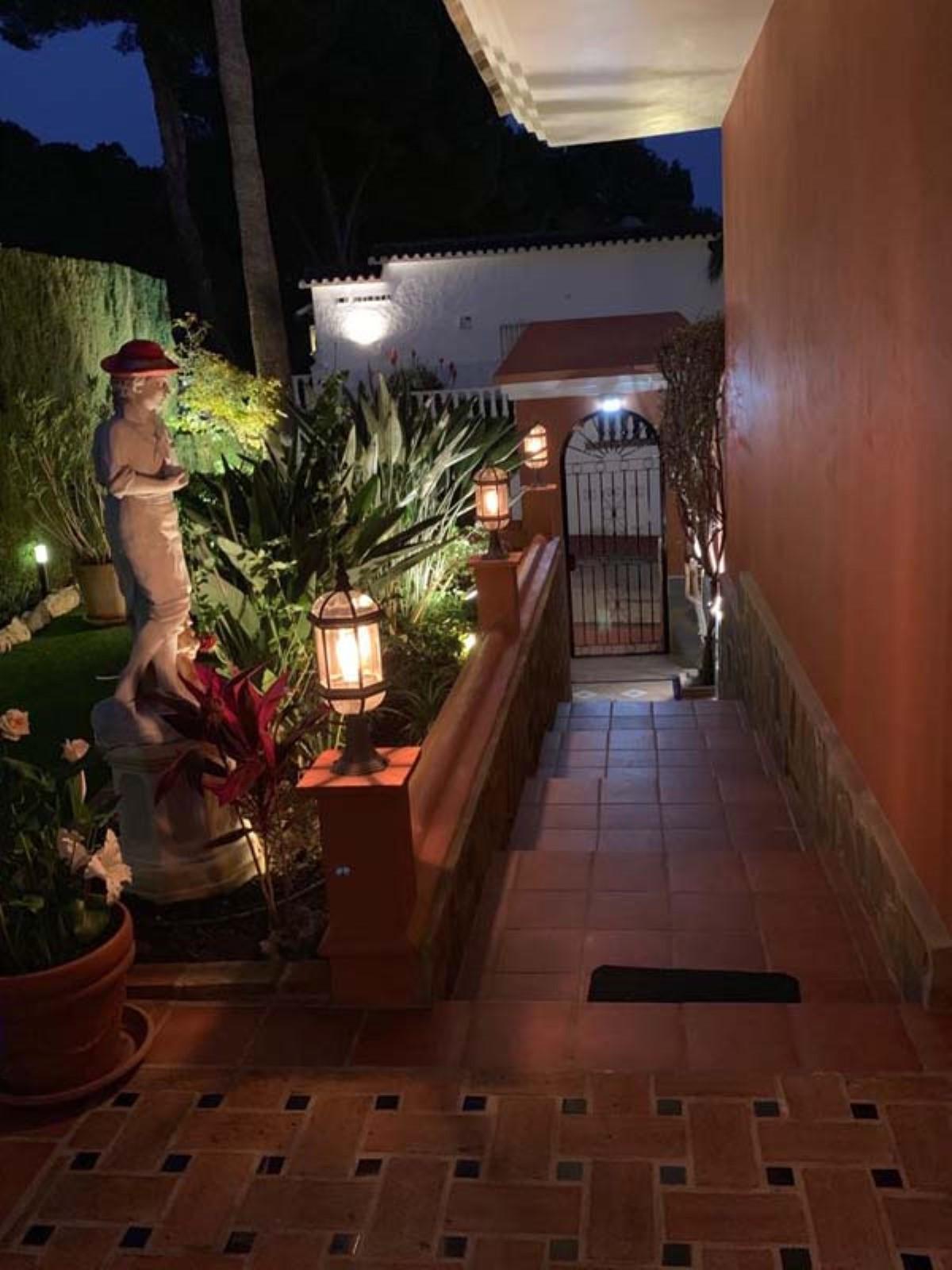 House in Calahonda R3501412 74