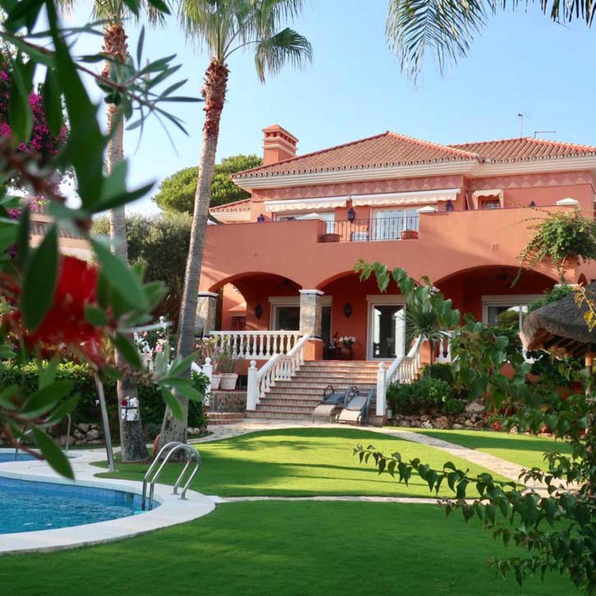 House in Calahonda R3501412 8