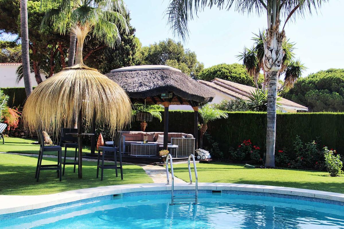 House in Calahonda R3501412 81
