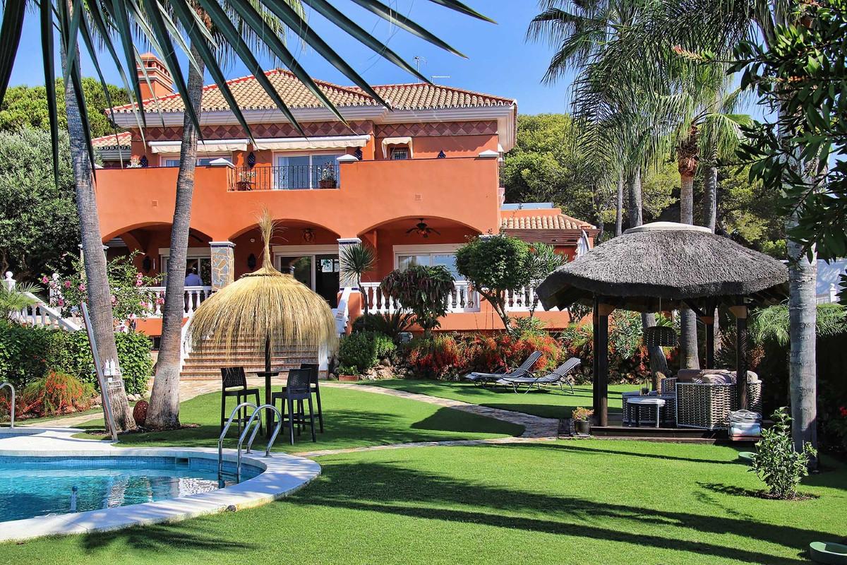House in Calahonda R3501412 84