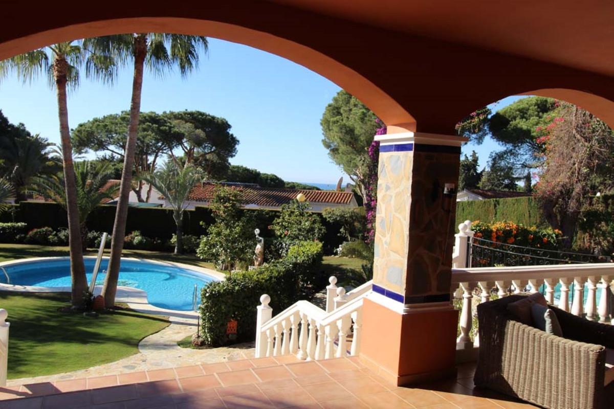 House in Calahonda R3501412 9