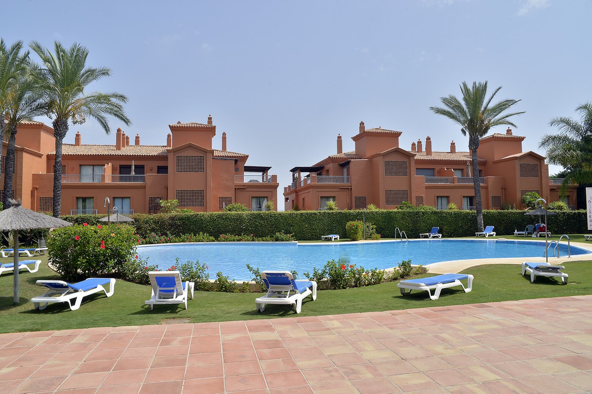 Middle Floor Apartment in Atalaya R2644172