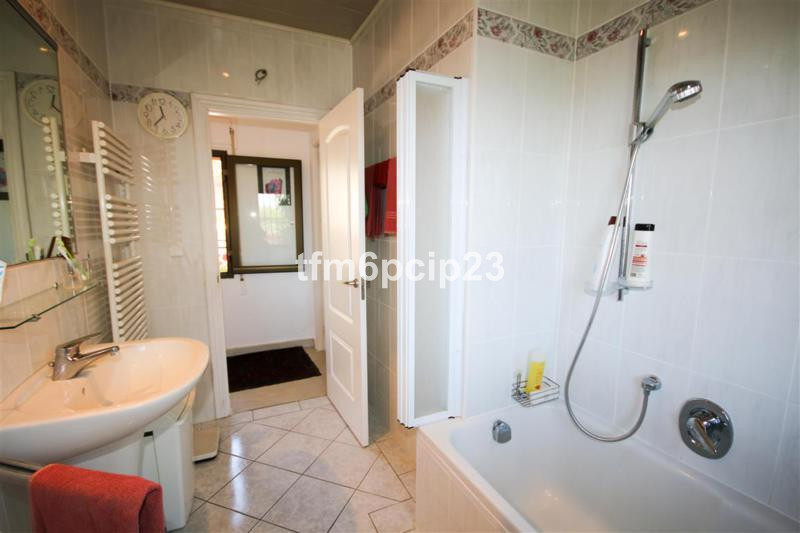 House in Punta Chullera R3759 7