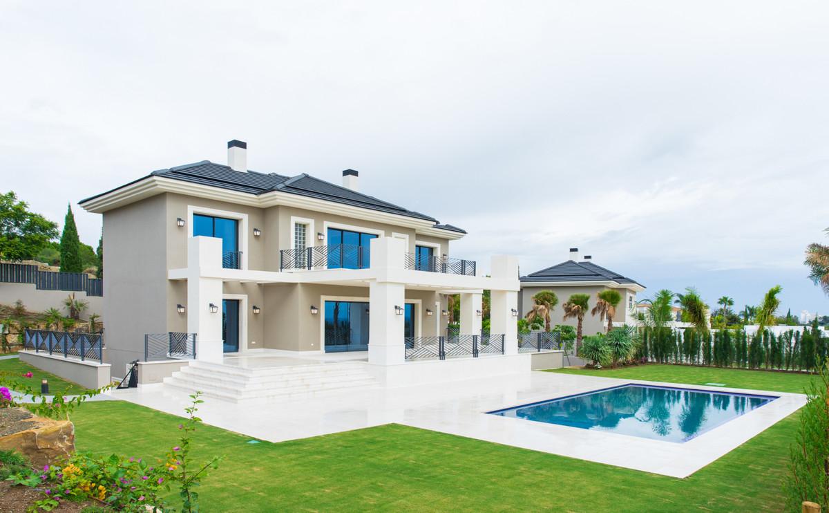 Detached Villa in Los Flamingos R3295900