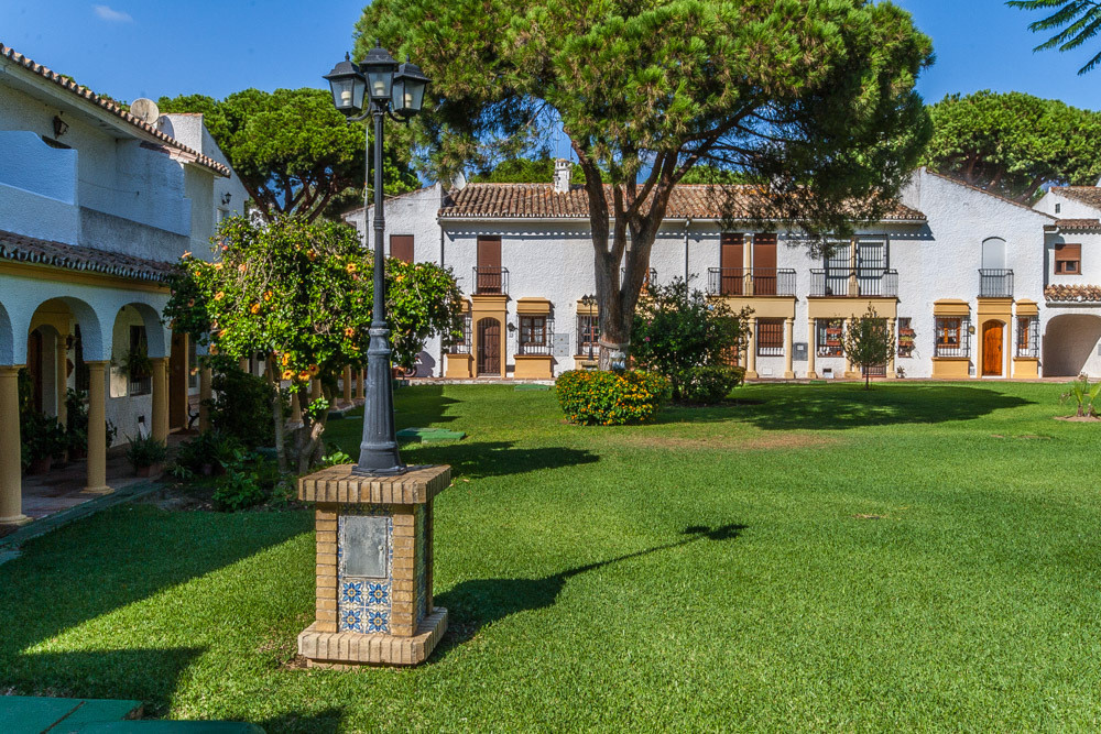 House in Elviria R3025133 14