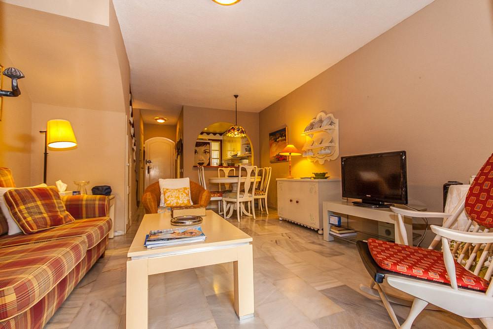 House in Elviria R3025133 3