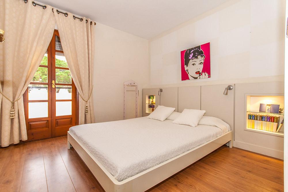House in Elviria R3025133 4