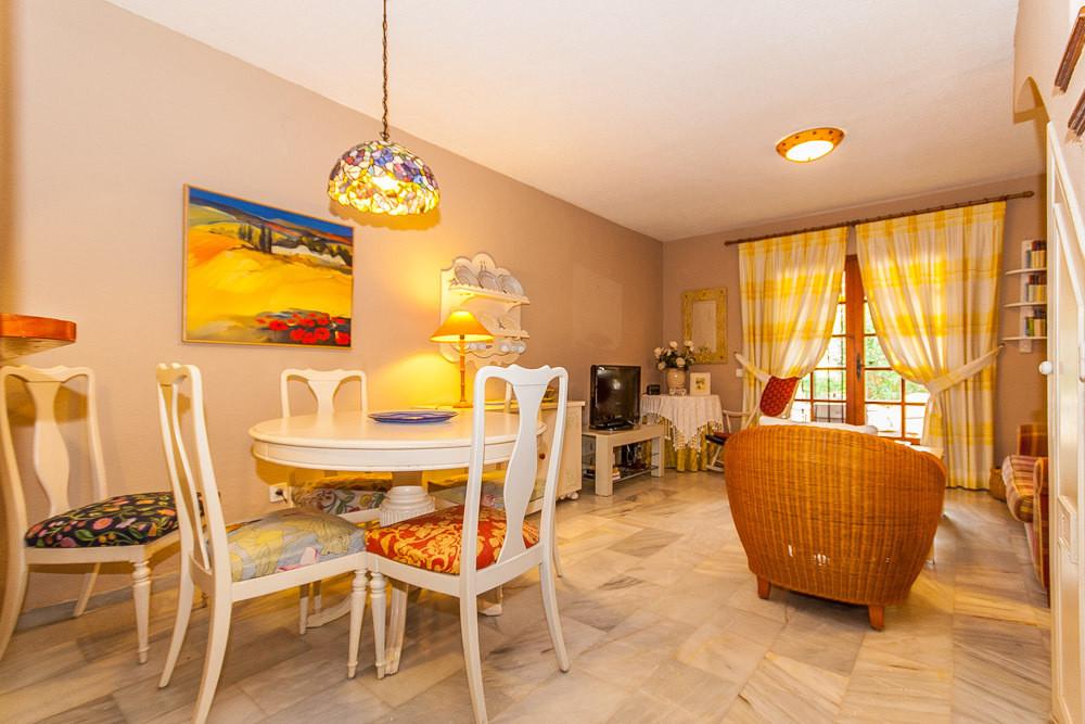 House in Elviria R3025133 6