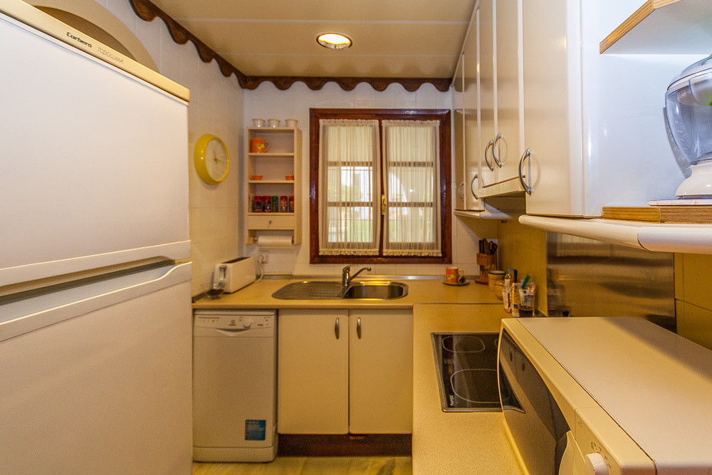 House in Elviria R3025133 7