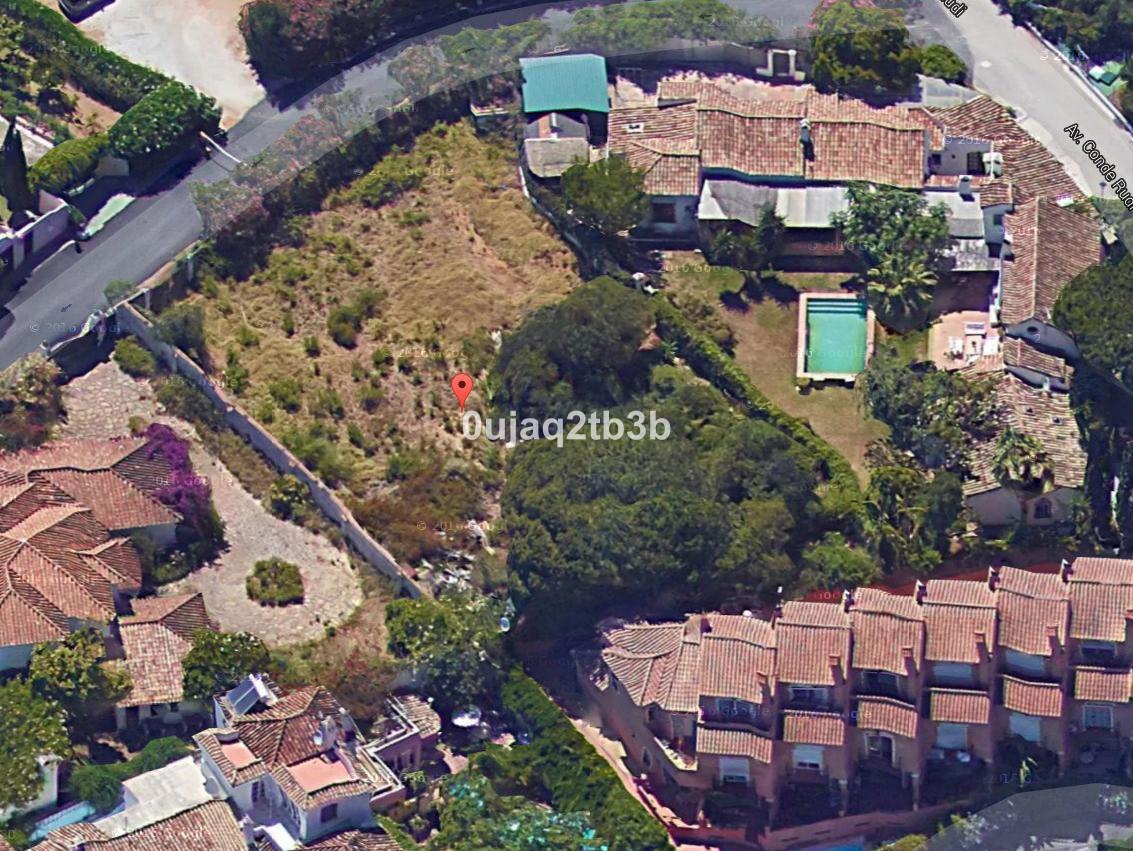 Residential Plot in The Golden Mile R2932940