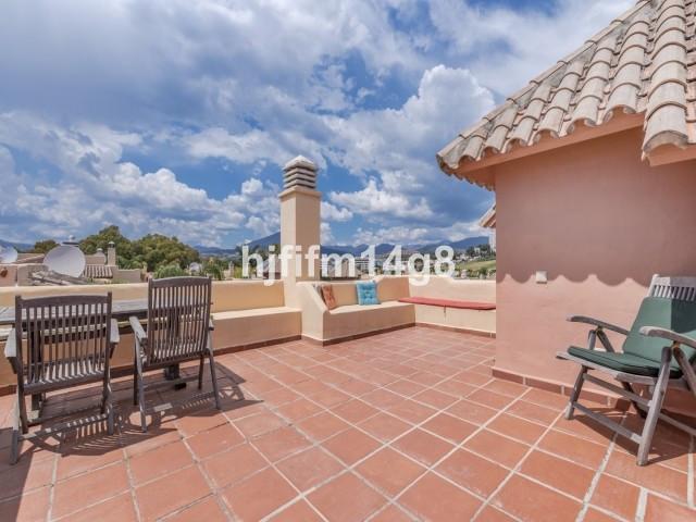 Maison mitoyenne à Nueva Andalucía R3188698