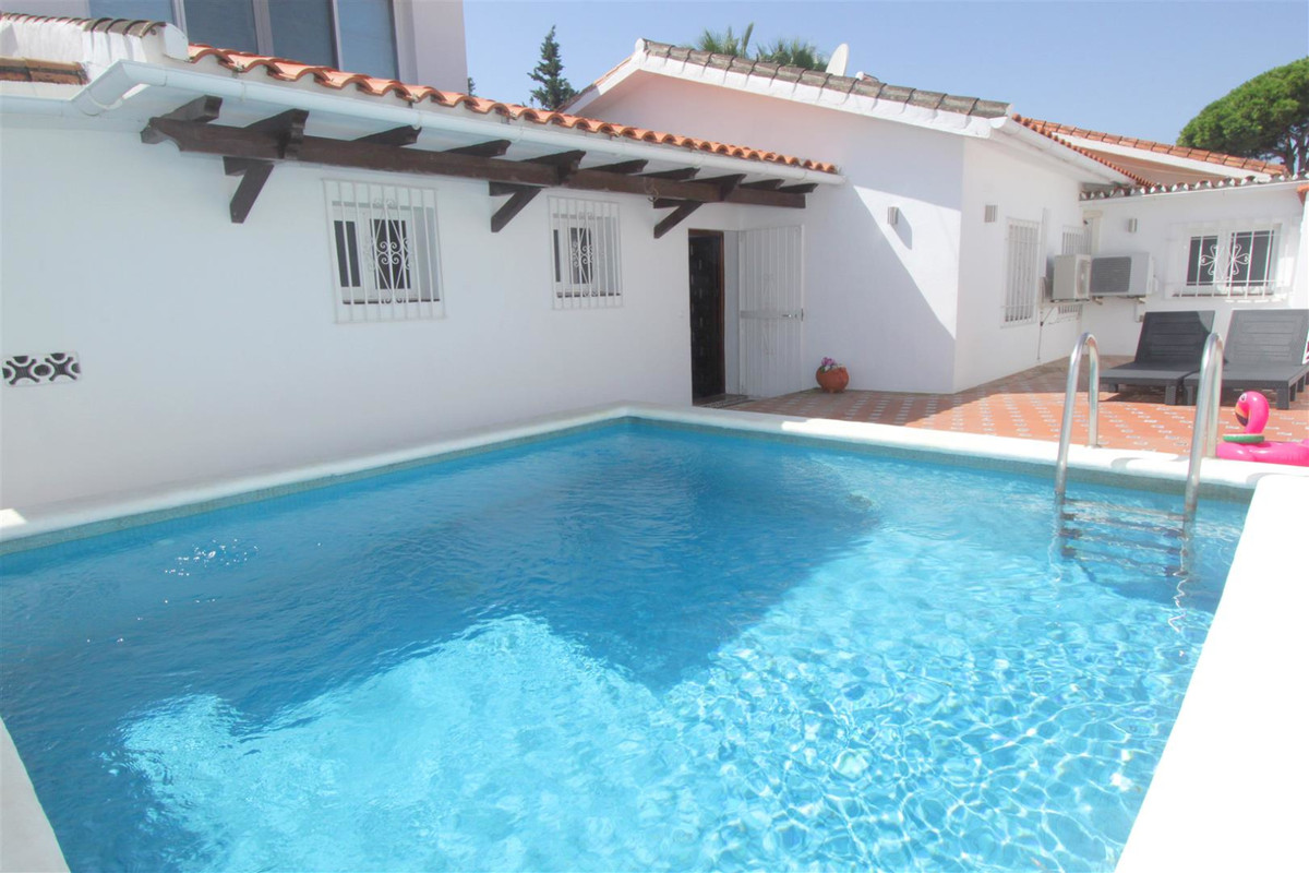 House in Marbella R3239923 2