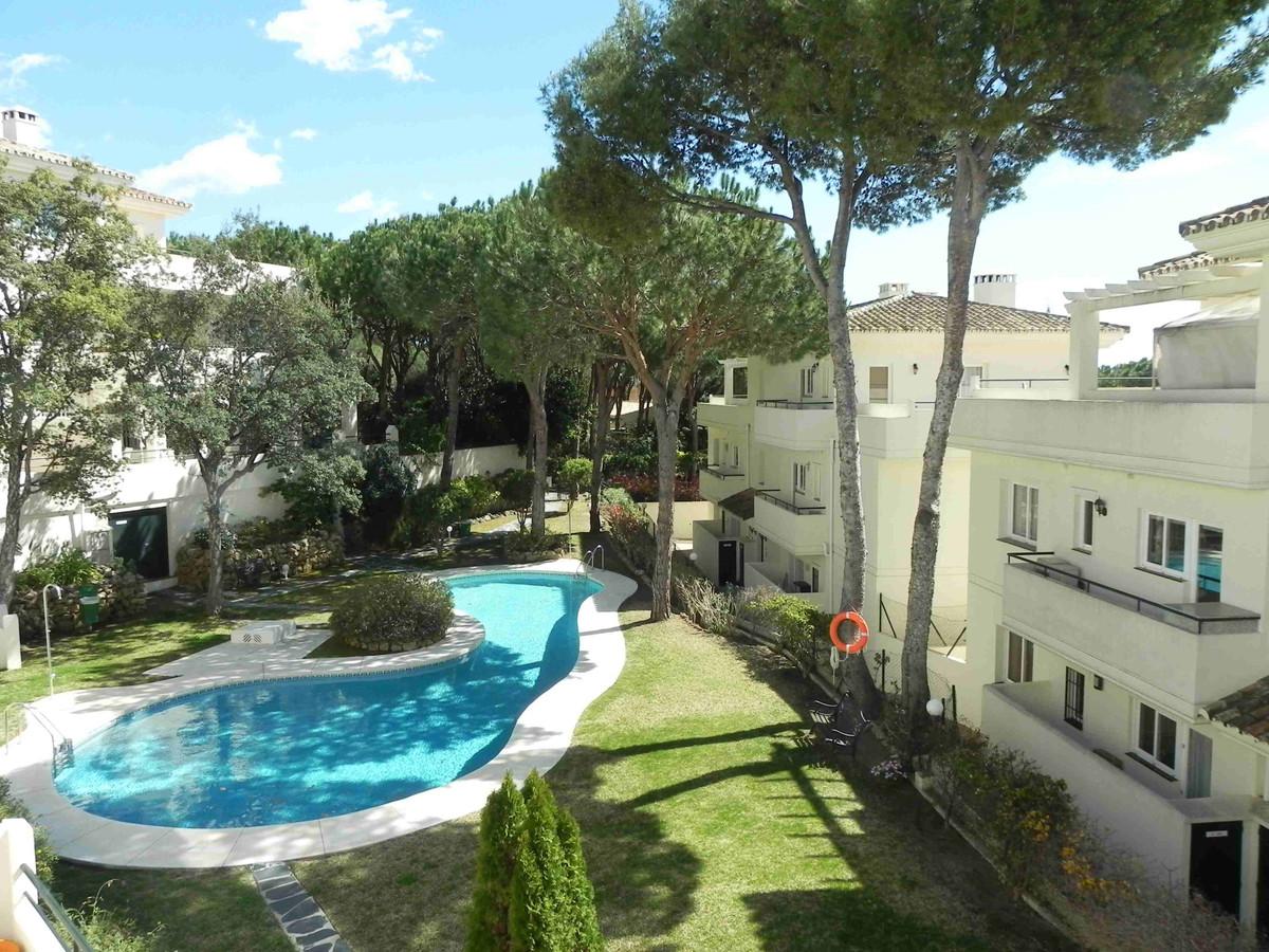 Apartment in Marbella R3260695 1