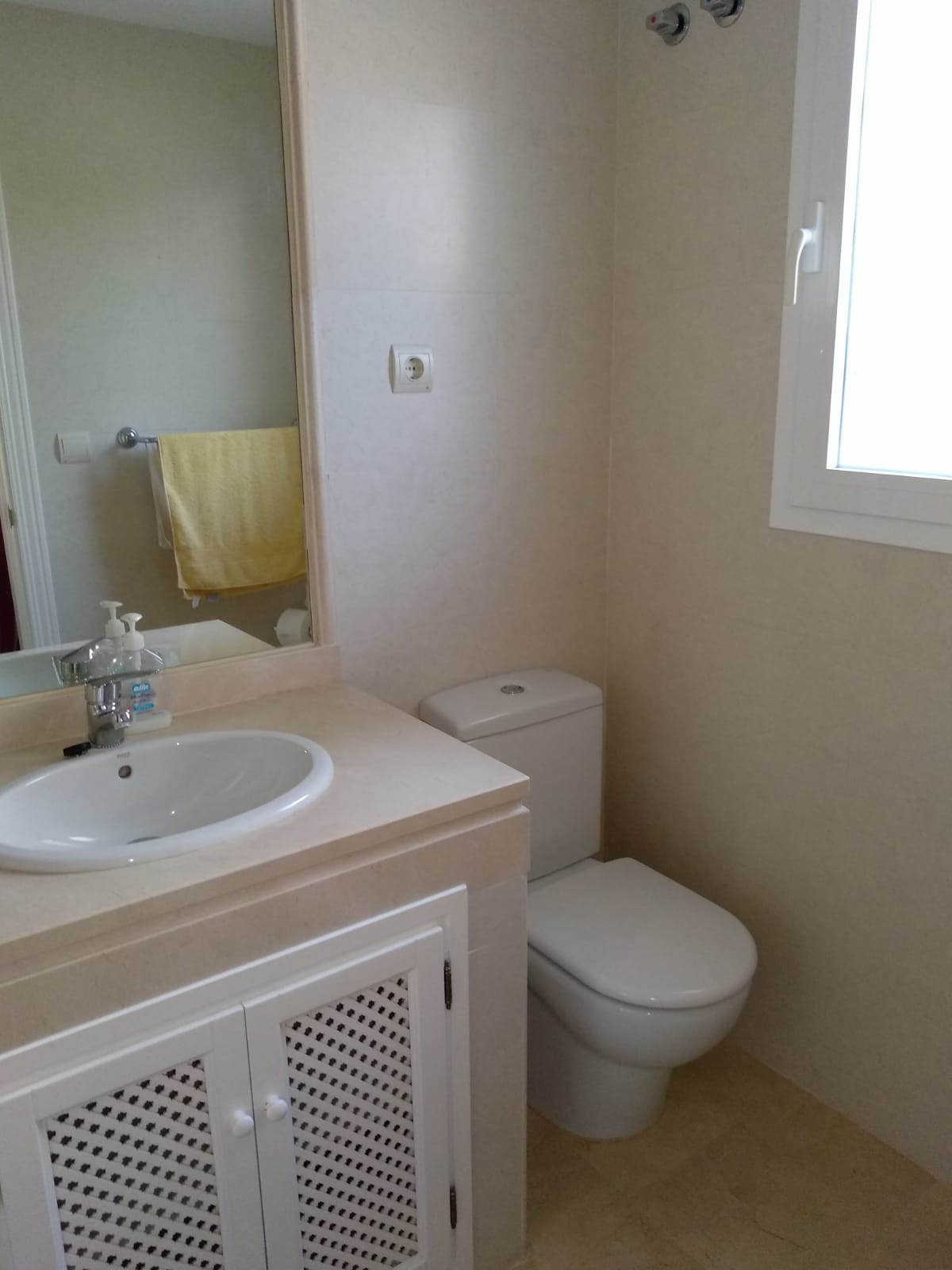 Apartment in Marbella R3260695 10