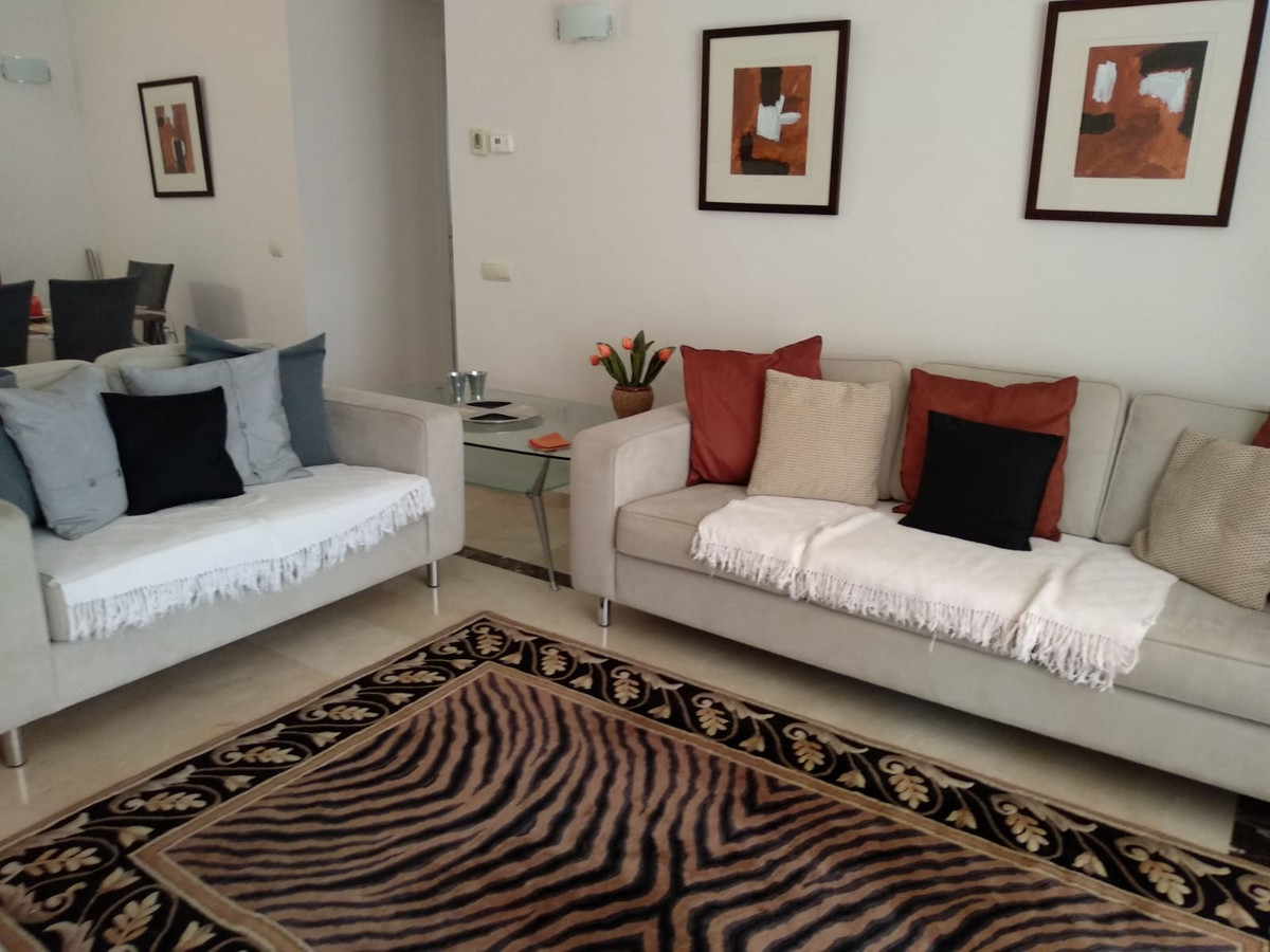 Apartment in Marbella R3260695 18