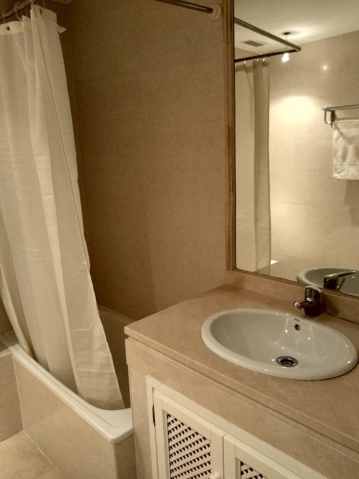 Apartment in Marbella R3260695 21