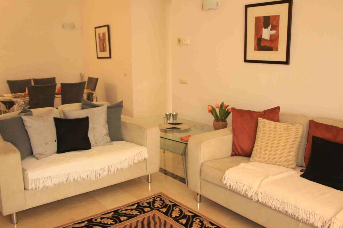 Apartment in Marbella R3260695 5