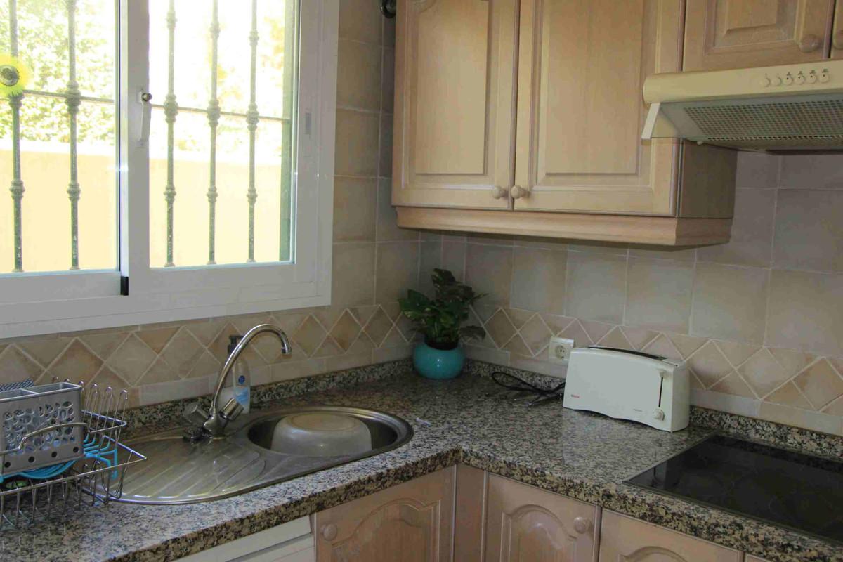 Apartment in Marbella R3260695 6