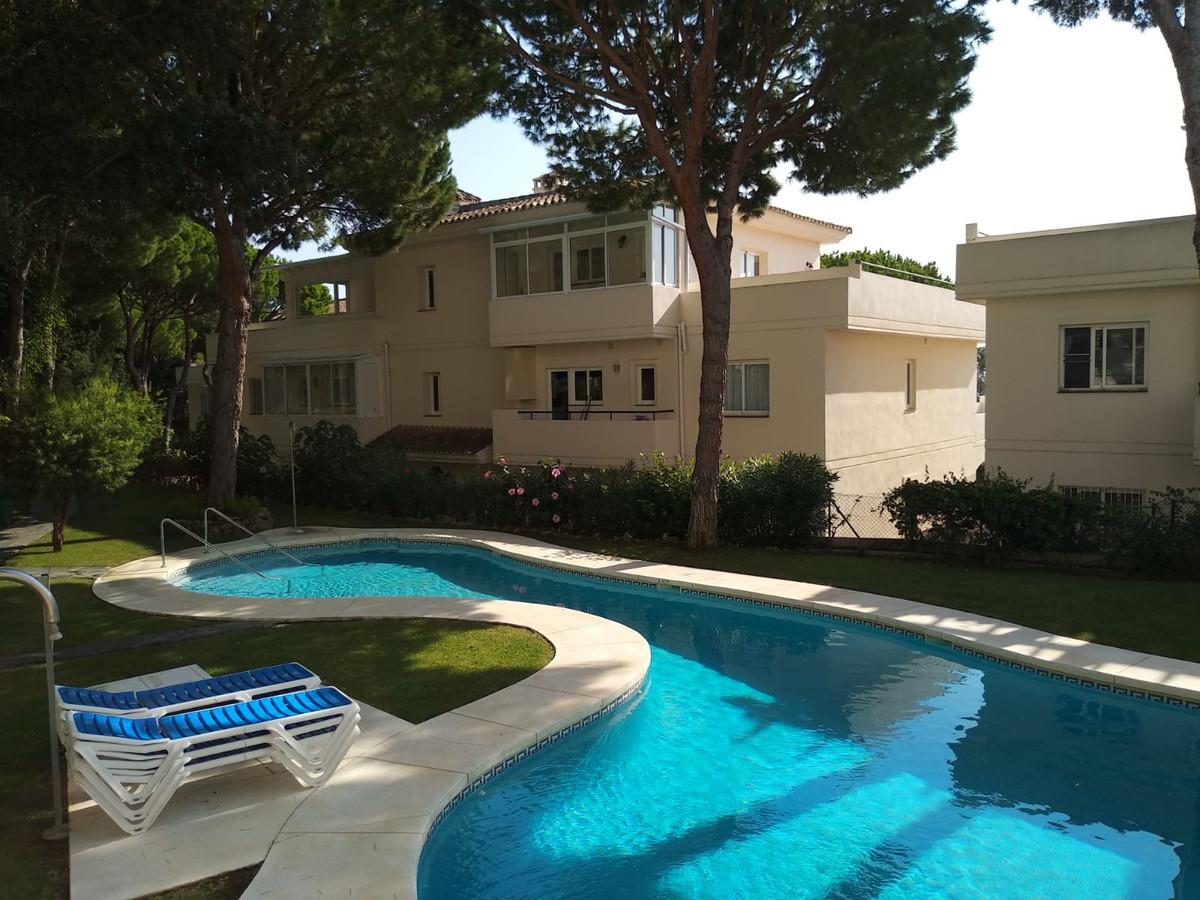 Apartment in Marbella R3260695 9