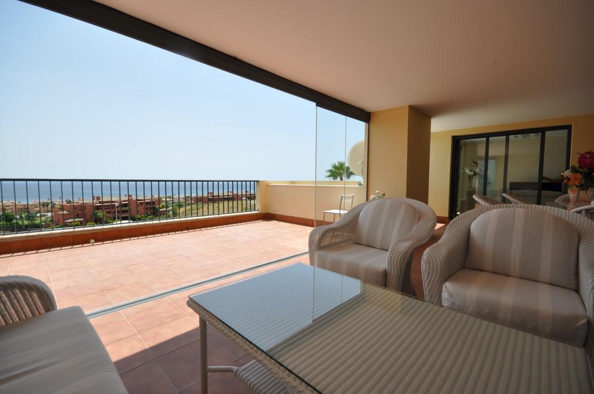 Middle Floor Apartment in Casares R3221851