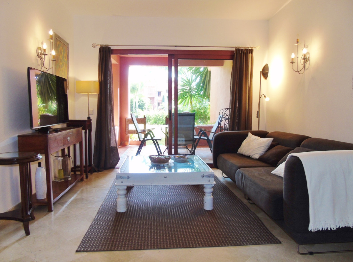 Apartment in Marbella R3249019 1