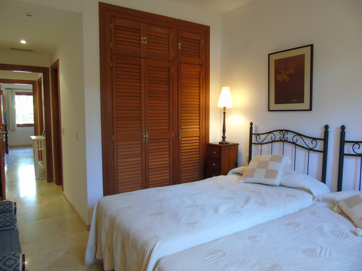 Apartment in Marbella R3249019 12