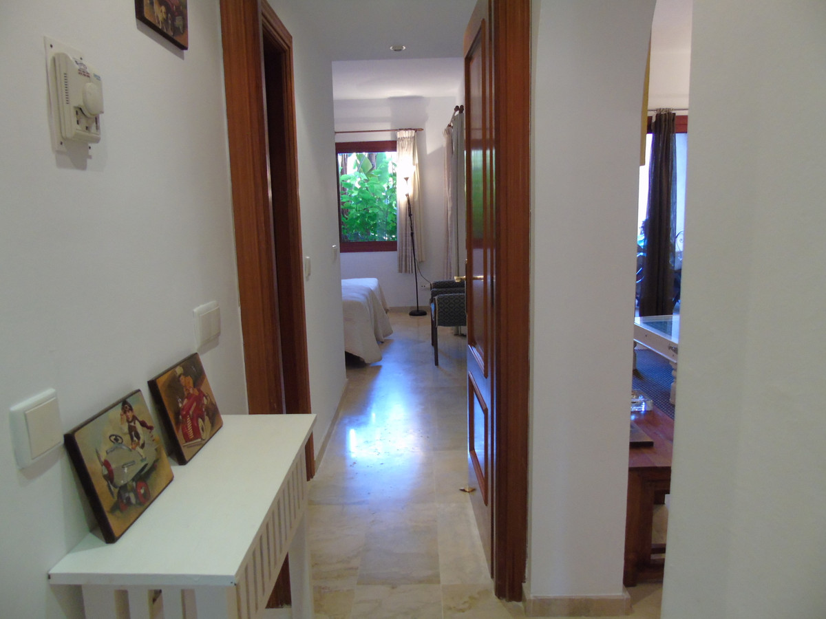 Apartment in Marbella R3249019 16
