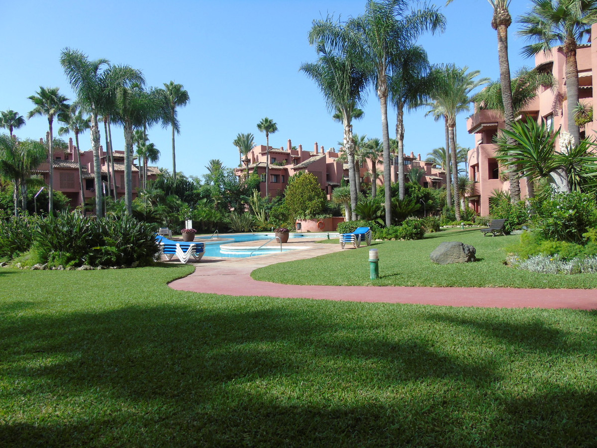 Apartment in Marbella R3249019 23