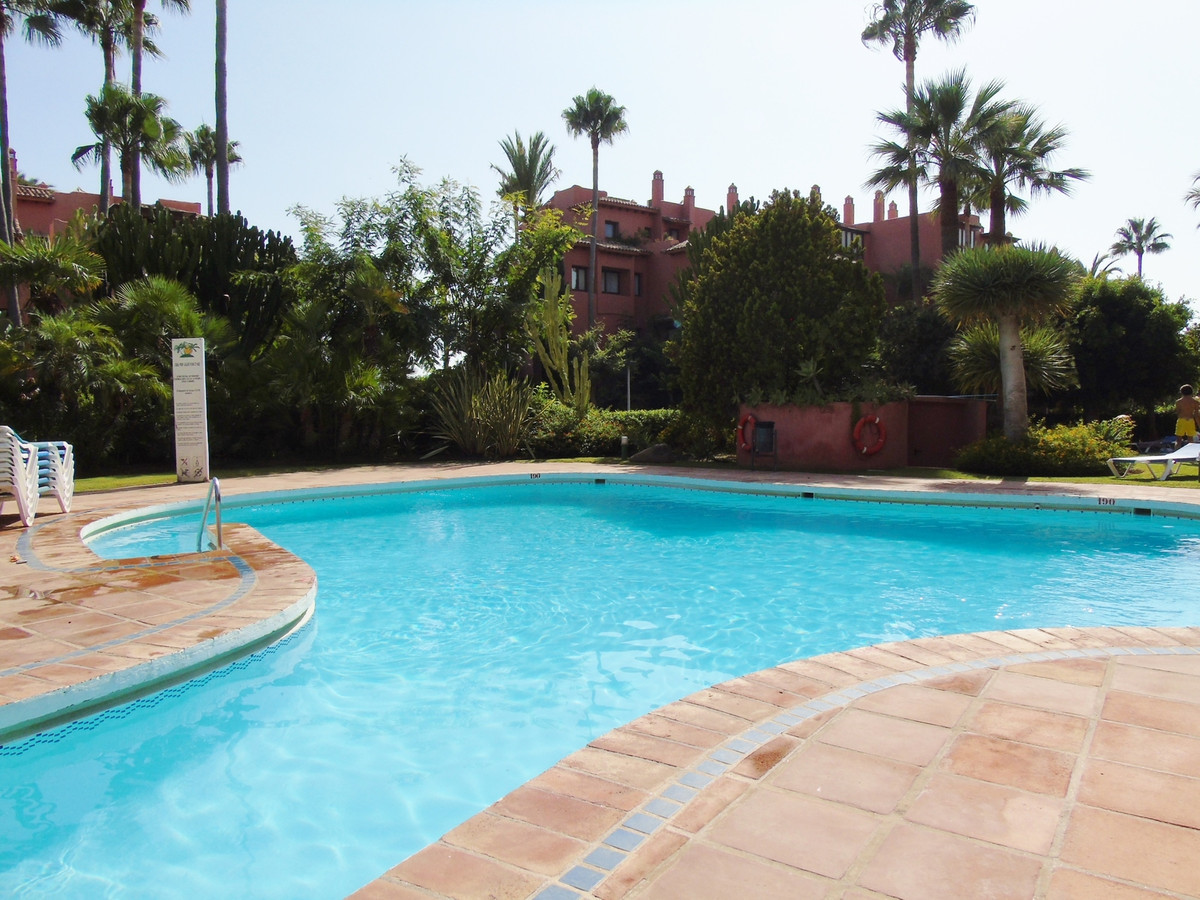 Apartment in Marbella R3249019 24