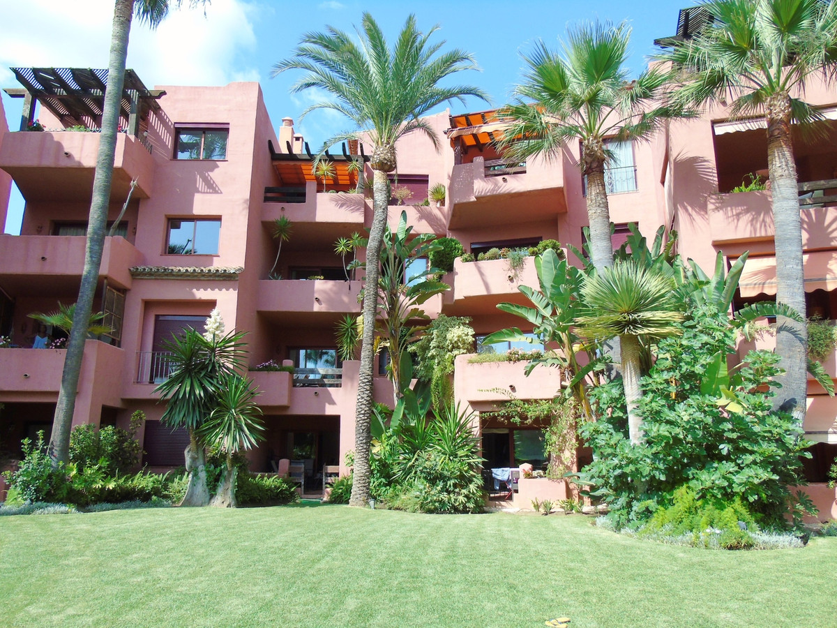 Apartment in Marbella R3249019 3