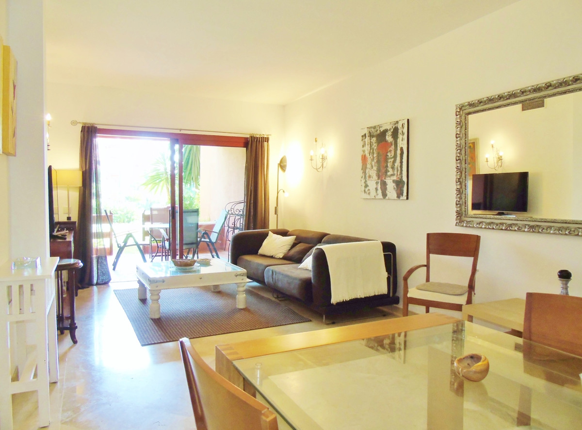 Apartment in Marbella R3249019 7